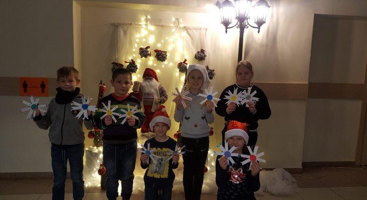 Ziemassvētku rūķi 2 - skolēni